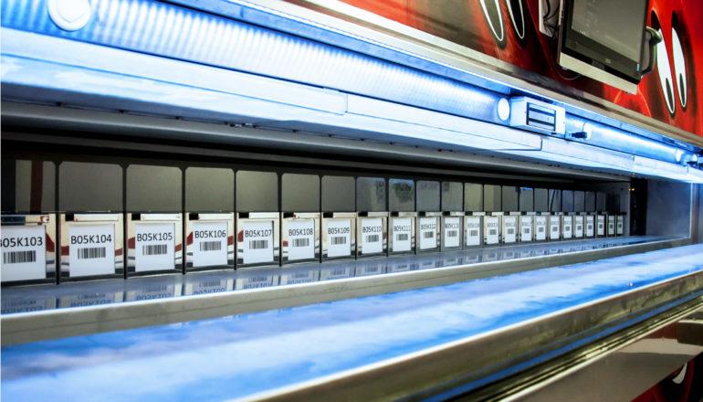 Zautomatyzowane magazynowanie pozwala na szybki dostęp do osocza.